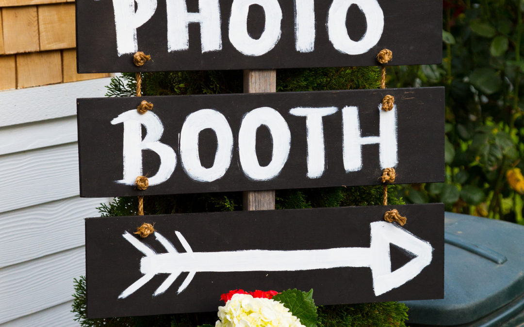 Say Cheese! 5 Ways to Make Your Wedding Photo Booth Special